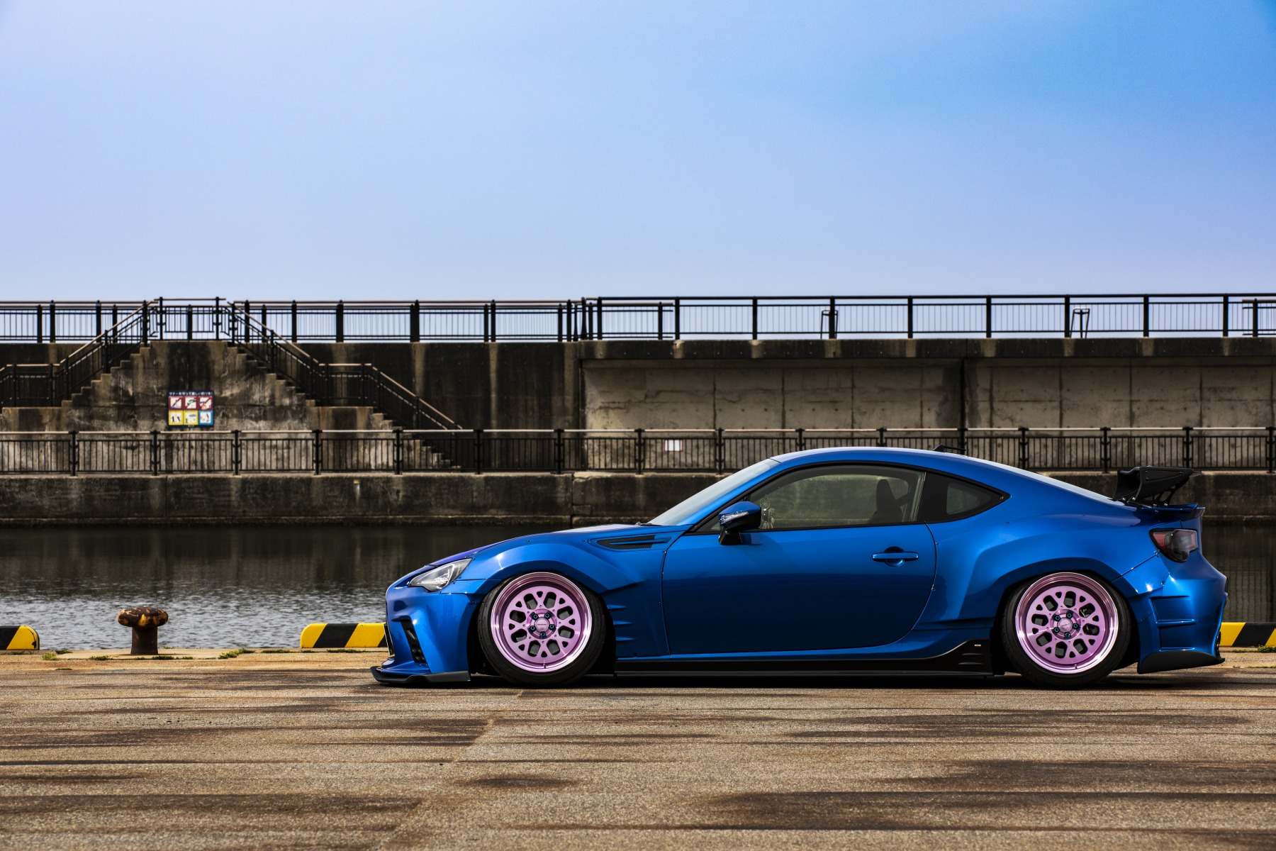 SUBARU BRZ airsuspension bagged airforcesuspension エアサス Hardline パイピング カスタム