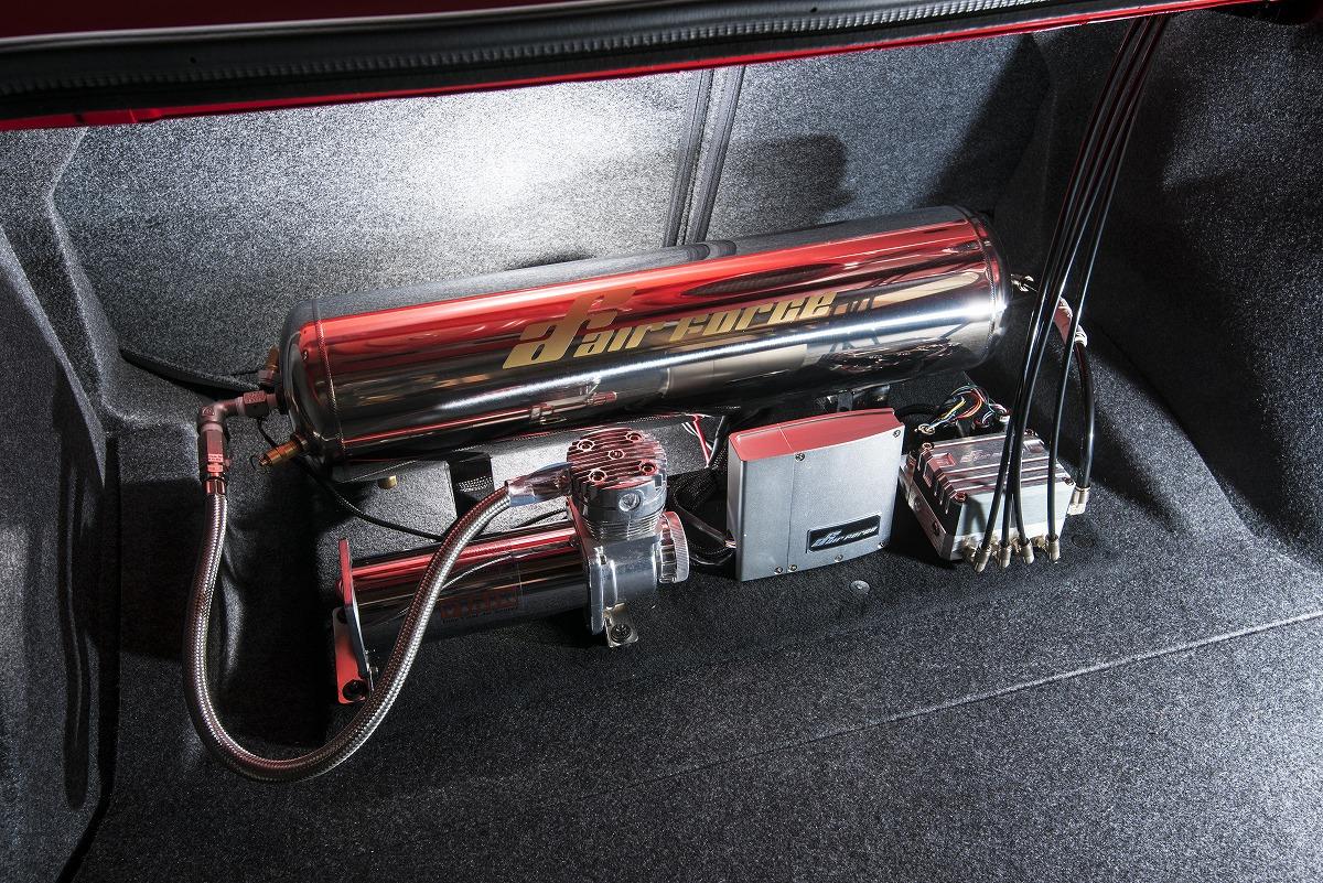 エアフォースエアサス搭載 ダッジ・チャレンジャー SRT デーモン カスタムカー掲載 LUXZ
