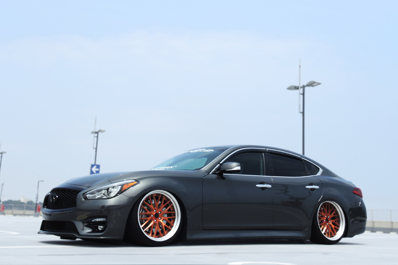 Infiniti_fuga_airsuspension5_s