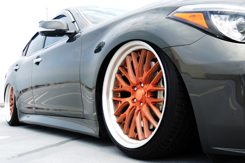 Infiniti_fuga_airsuspension8_s