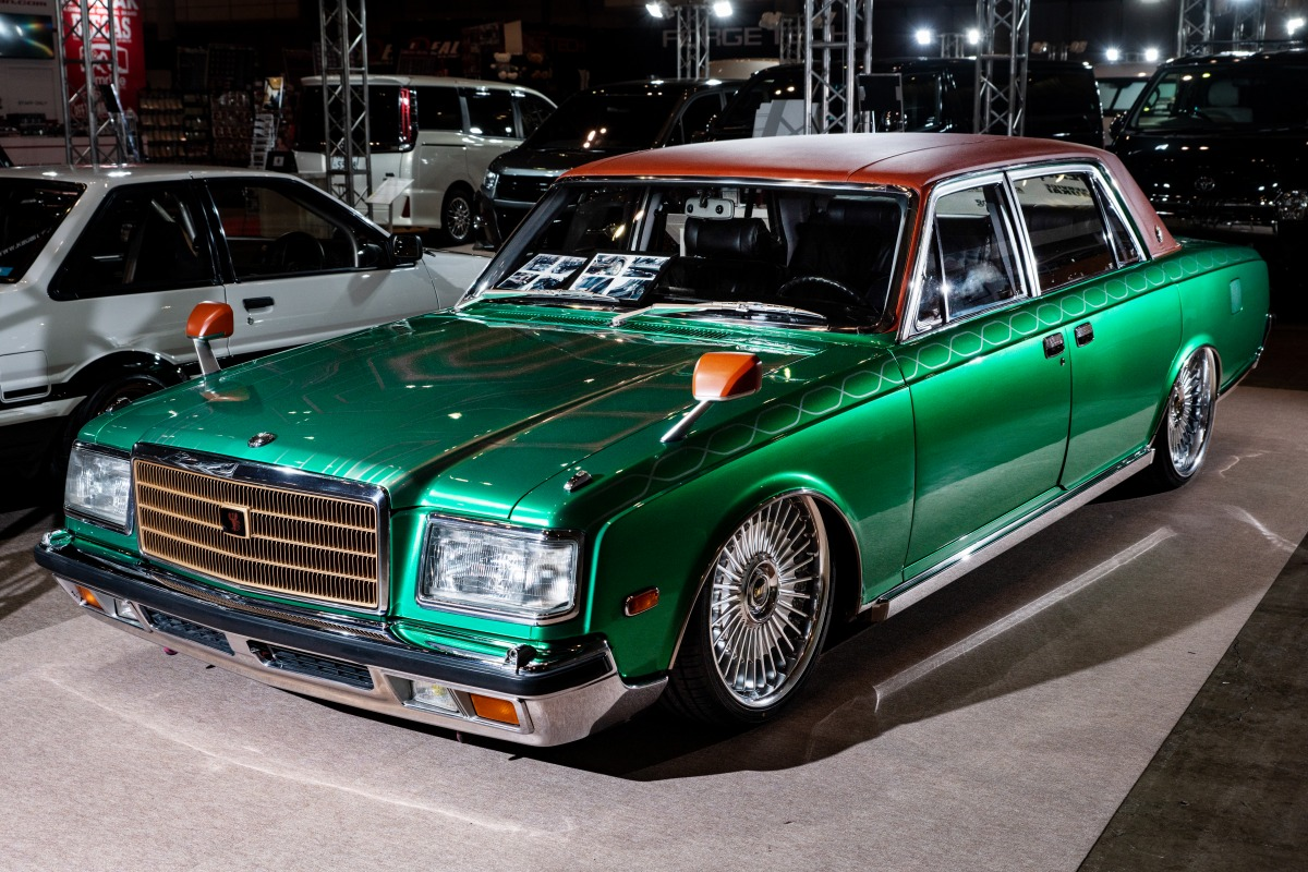 東京オートサロン エアサス エアフォースサスペンション トヨタセンチュリー