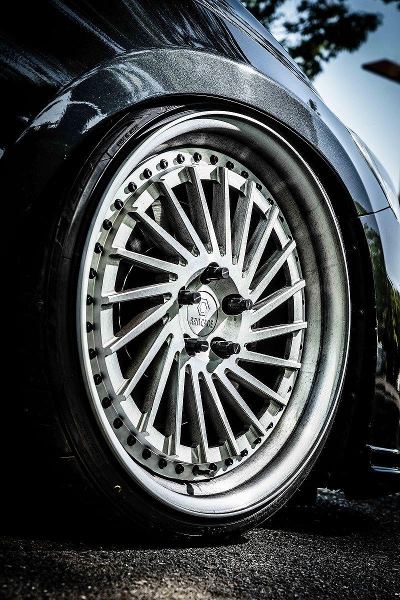 エアサス VOLVO S60 T6 AWD R DESIGN eS4掲載 BROCADE ホイール